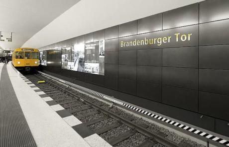 U-Bahn-Station Brandenburger Tor, Berlin